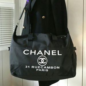 New Chanel 31 Rue Cambon Paris VIP Gift Duffle bag